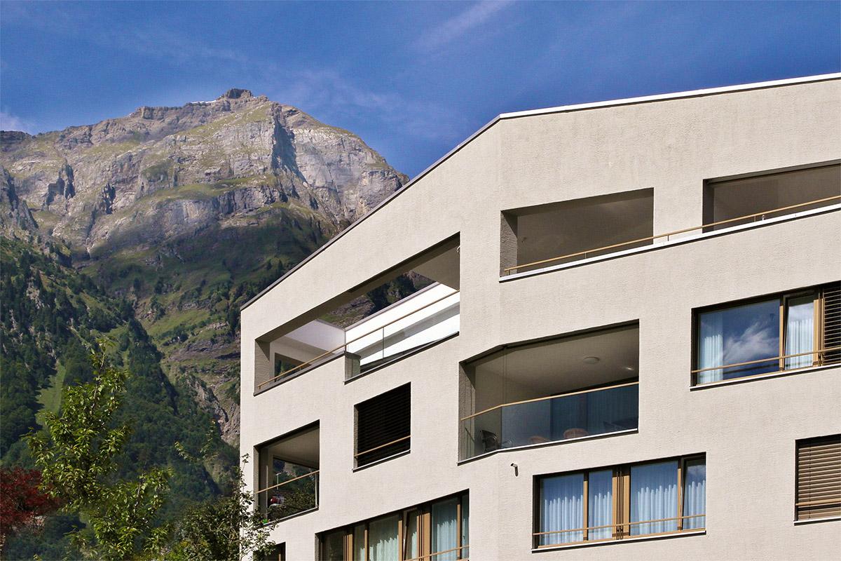 CREALINE GG-1003 - Housing estate Heulosen Schwanden: Weitblick