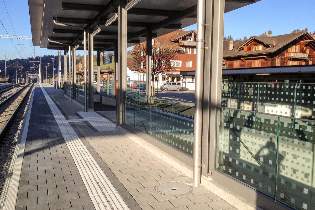 CREA-GLASS Siebdruck auf Glas - BLS Oberdiessbach