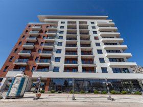 CREALINE GG-1005 - Square 43 Belgrade